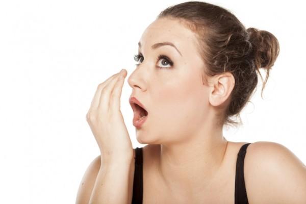 صور رائحة الفم الكريهة , ما اسباب رائحه الفم الكريهه وكيفيه التخلص منها