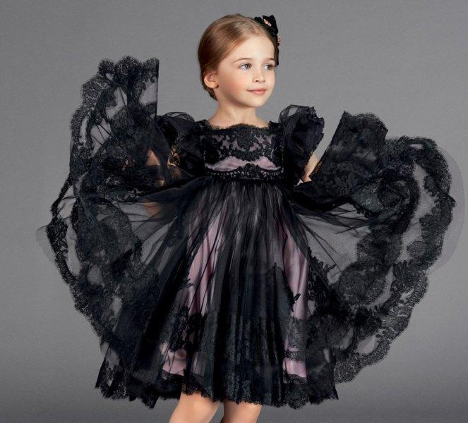 بالصور ملابس اطفال ماركات , بالصور اشهر ماركات عالميه لملابس الاطفال 33 8