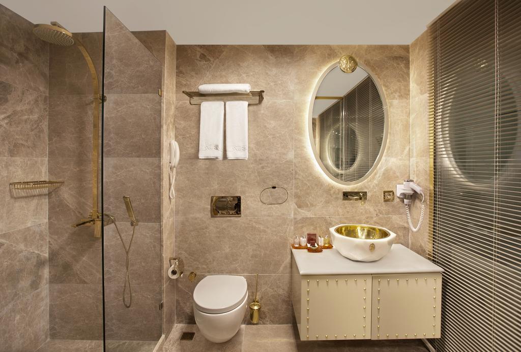 بالصور حمامات فنادق , شاهد بالصور افخم حمامات الفنادق 400 11