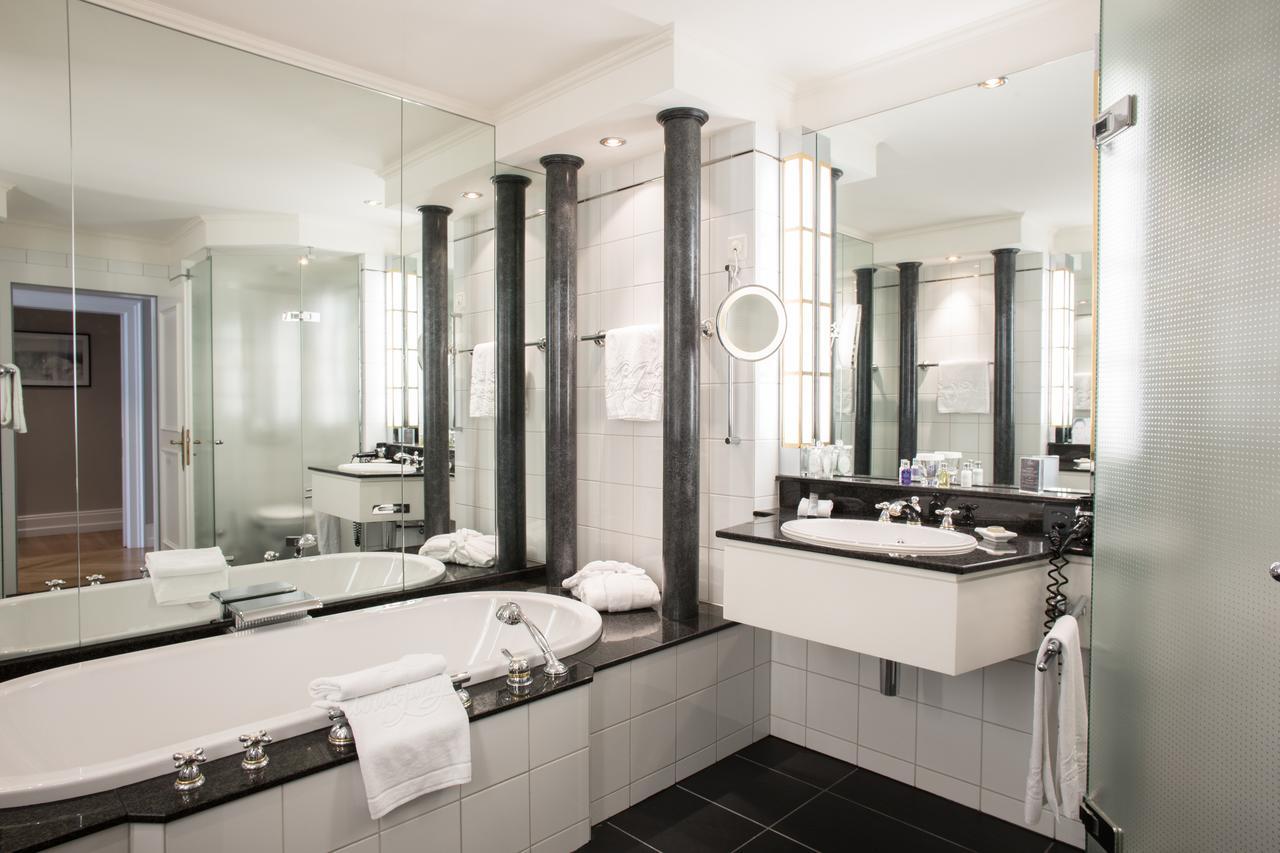 بالصور حمامات فنادق , شاهد بالصور افخم حمامات الفنادق 400 4