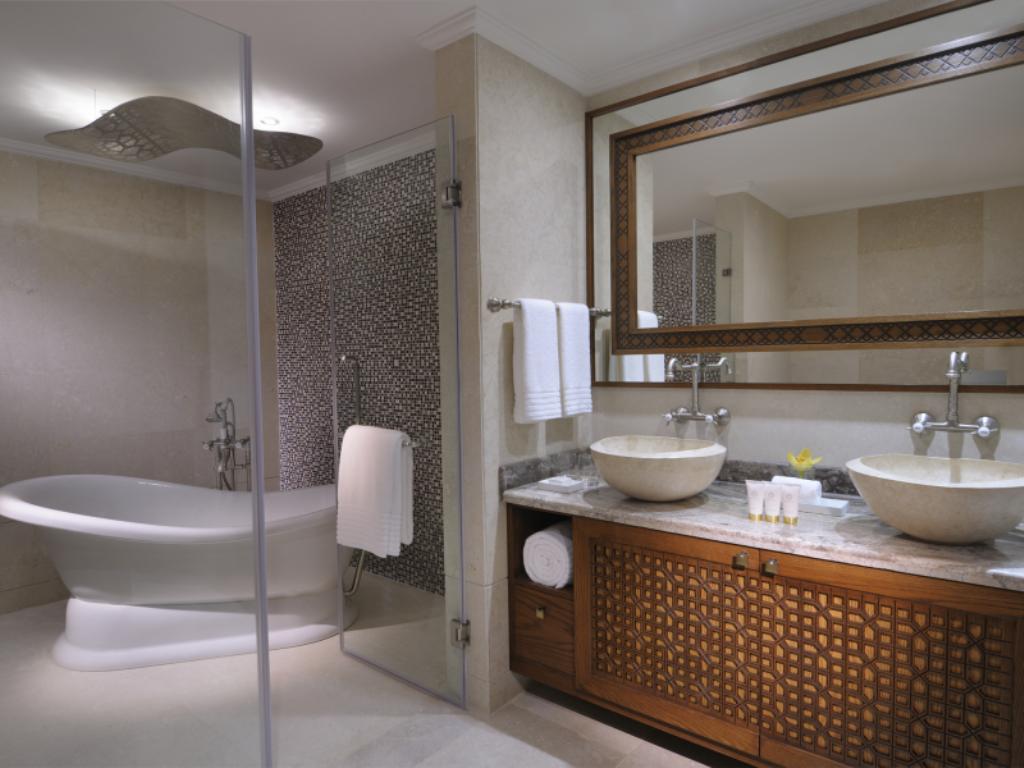 بالصور حمامات فنادق , شاهد بالصور افخم حمامات الفنادق 400