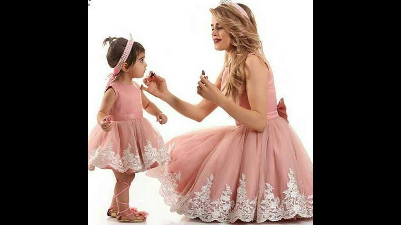 بالصور صور بنت وامها , شاهد اجمل الصور التى تجمع بين الام وصغيرتها 472 12