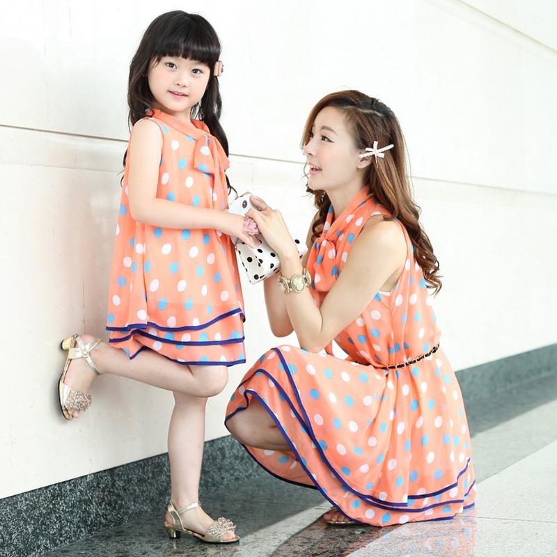 بالصور صور بنت وامها , شاهد اجمل الصور التى تجمع بين الام وصغيرتها 472 14