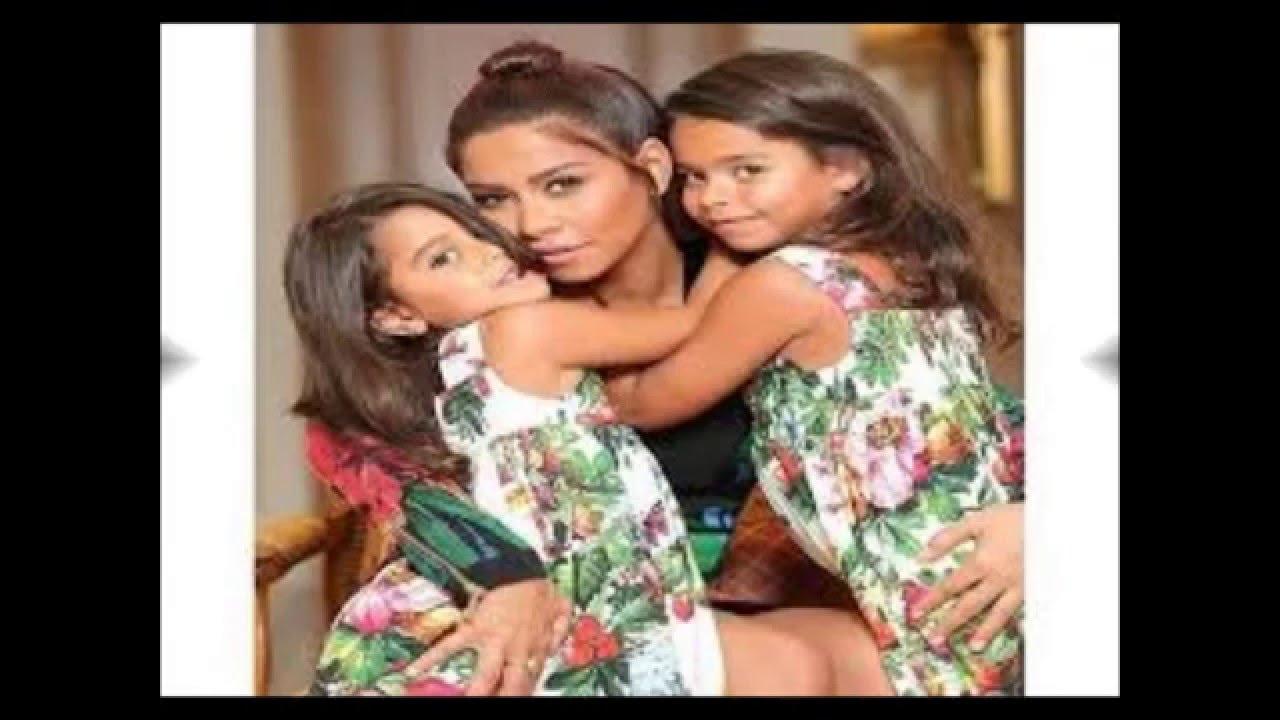 بالصور صور بنت وامها , شاهد اجمل الصور التى تجمع بين الام وصغيرتها 472 4