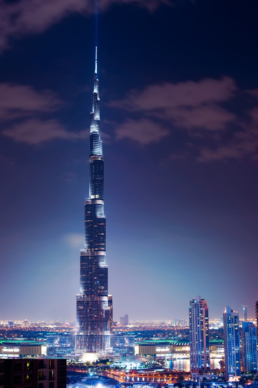 بالصور اكبر برج في العالم , صور رائعه لناطحات سحاب اكبر الابراج في العالم unnamed file 86