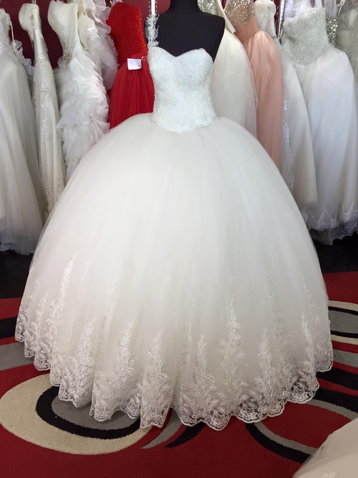 بالصور صور فساتين عرايس , احدث ازياء فساتين الزفاف 2019 1759 3