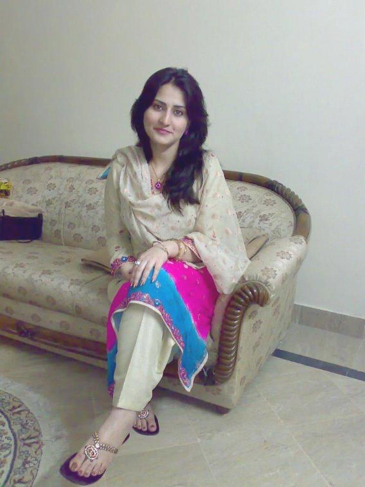 صورة بنات باكستانيات , فاتنات على الارض تحمل الجنسية الباكستانية