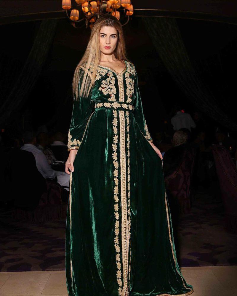 بالصور قفطان مغربي بالصور , طلة المراة بالقفطان المغربى تشبة الاميرات 1811 4