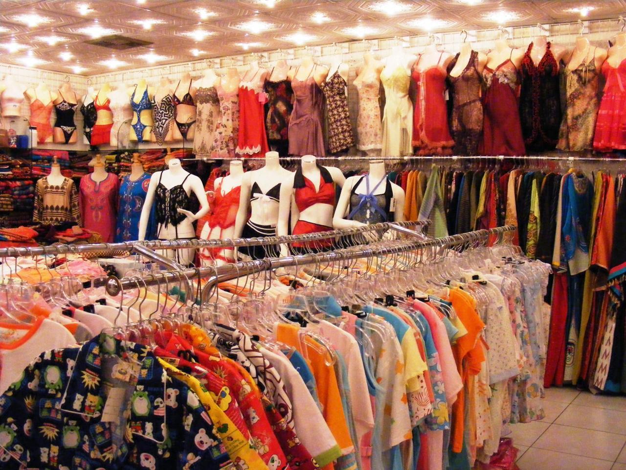 بالصور محلات ملابس , تعرف على احدث موديلات ملابس بالمحلات 1939 13