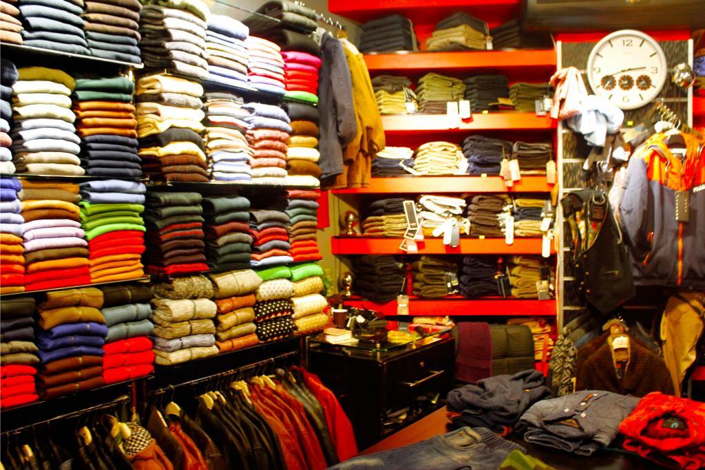 بالصور محلات ملابس , تعرف على احدث موديلات ملابس بالمحلات 1939 5