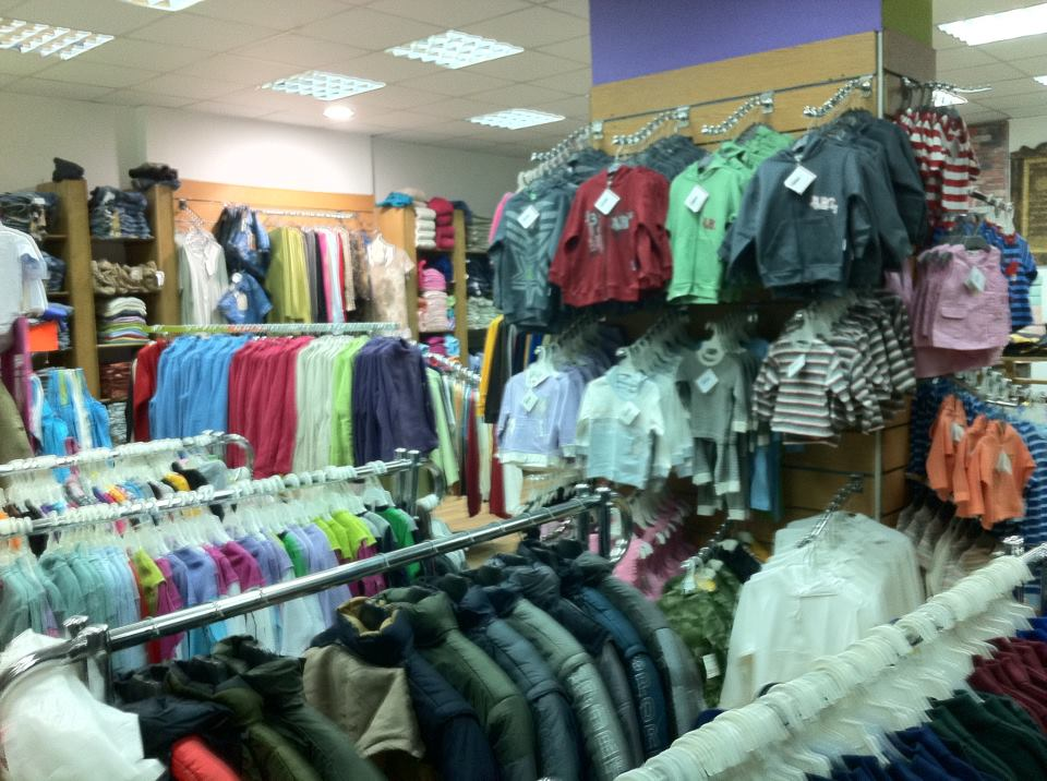 بالصور محلات ملابس , تعرف على احدث موديلات ملابس بالمحلات 1939 8