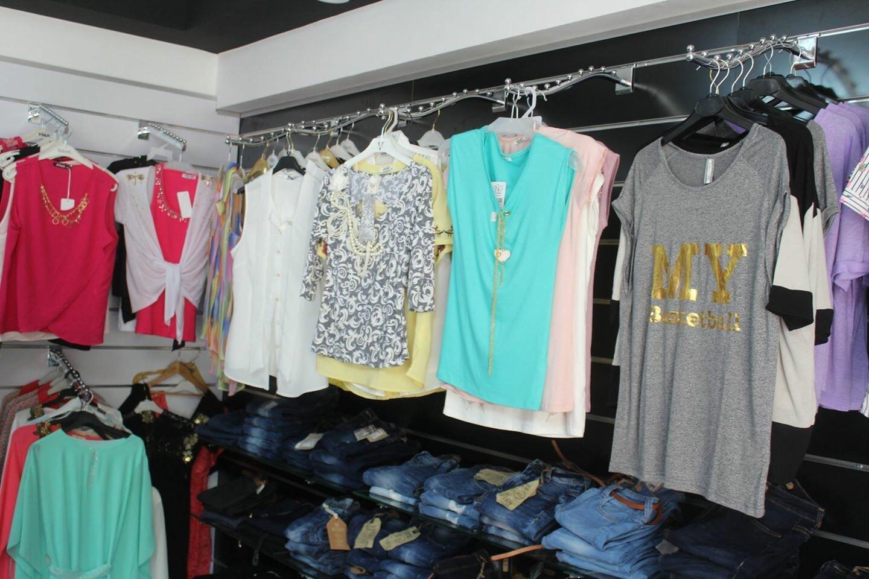 بالصور محلات ملابس , تعرف على احدث موديلات ملابس بالمحلات 1939 9