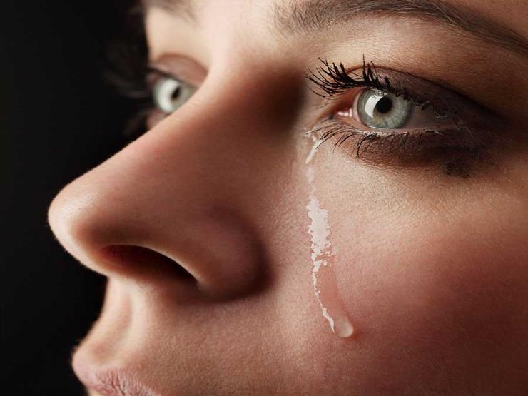 صورة صور عيون تبكي , البكاء احدى لغات العيون