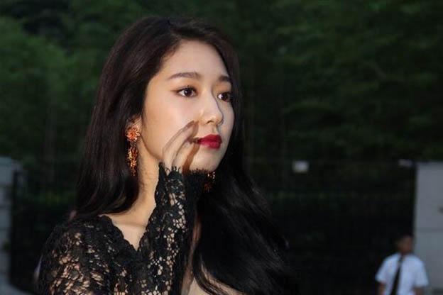 صورة ممثلات كوريات , بالصور اطلالات لاجمل ممثلات كوريا