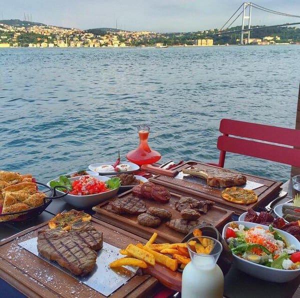 بالصور عشاء فخم , من تركيا اطلاله رائعه لعشاء فخم