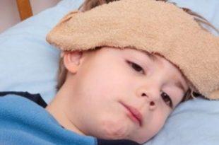 صورة علاج السخونة عند الاطفال , طريقه خفض الحراره للاطفال
