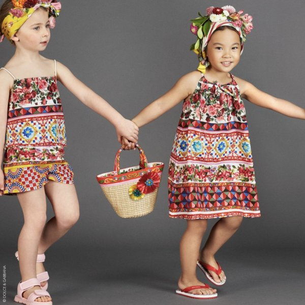 صورة فساتين اسبانية للاطفال , موضه فساتين الاطفال لهذا العام 10445 8