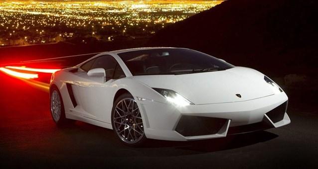 صور السيارة البيضاء في الحلم , تفسير رؤية السيارة البيضاء