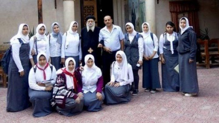 صور صور طالبات محجبات , اشكال الحجاب للطالبات وطرق لفه