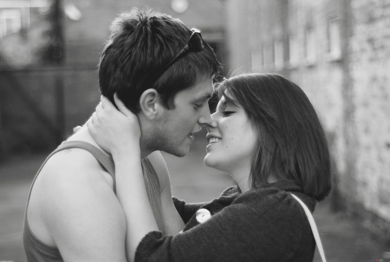 صور حب واحضان وقبلات , بوس الشفايف والحضن الدافي الجميل