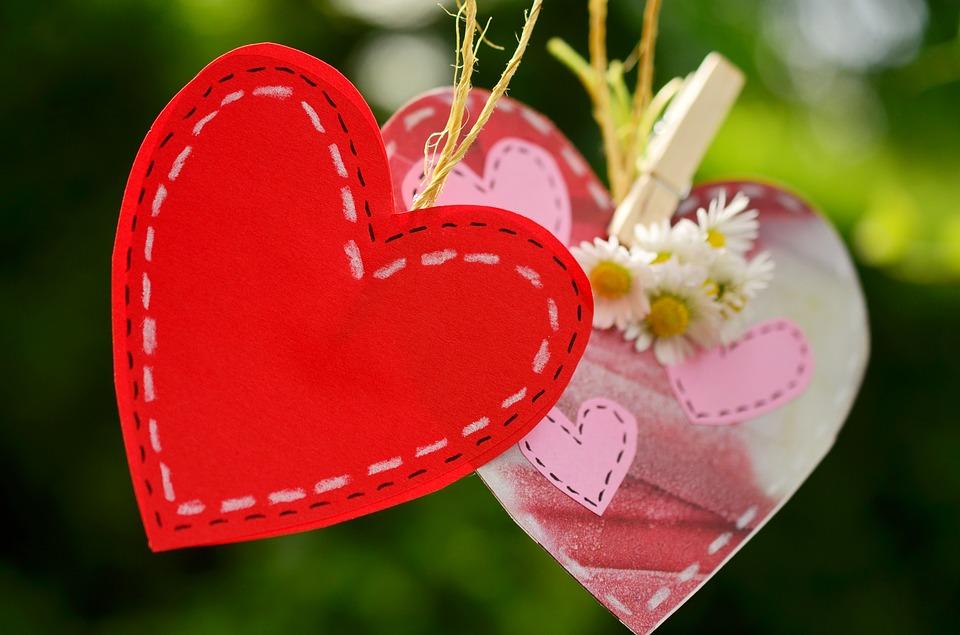 صورة اجمل صور قلوب حب , قلب كبير رمز الحب والحنان 3593 6