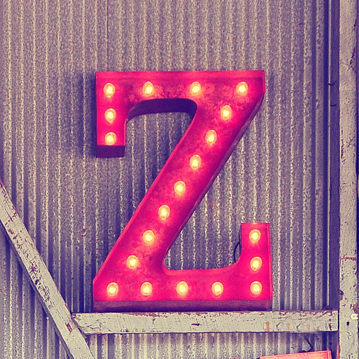 صورة صور عن حرف z , بتدوري على صورة مكتوب فيها حروف معينة