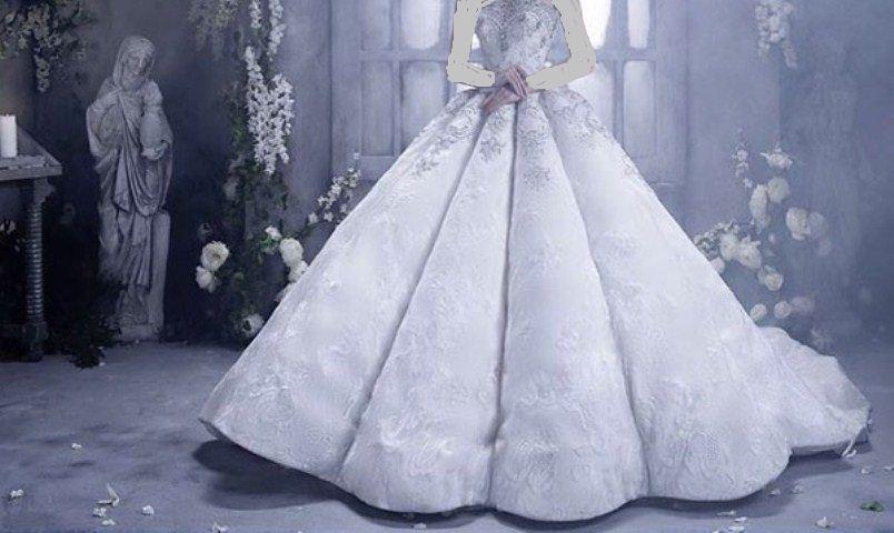صور الفستان الابيض في المنام , لابسة فستاني يوم زفافي لونه ابيض جميل
