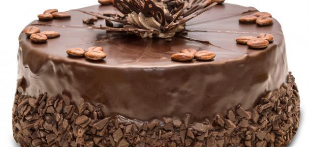 صورة طريقة تزيين كيكة الشوكولاته , كيفيه تزين الكيكه في المنزل بطرق مختلفه