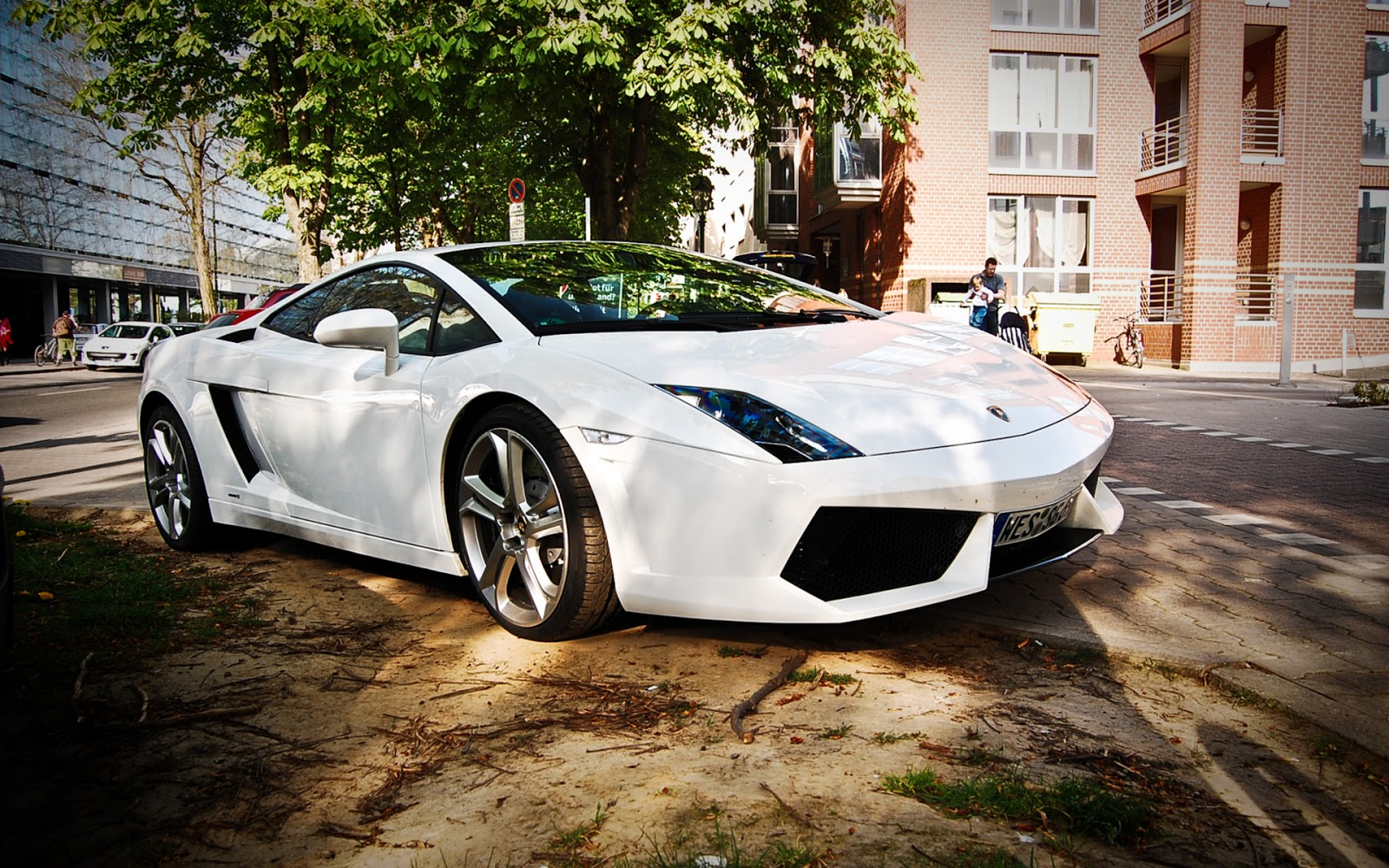 صور اريد صور سيارات , اجمل و افخم سيارات في العالم