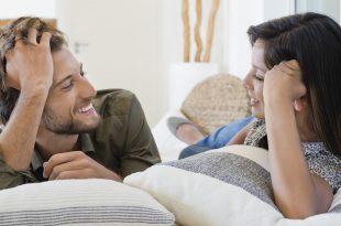 صورة كيف يحوي الرجل المراة , امور تساعد الرجل في احتواءه لقلب المراه