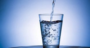 كم يحتاج الجسم من الماء , اهم عنصر لتكوين جسم الانسان