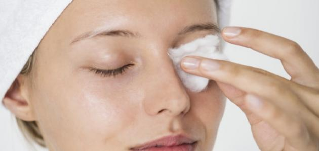 صورة تنظيف الوجه من الدهون , تمتعي ببشرة اكثر تالقا