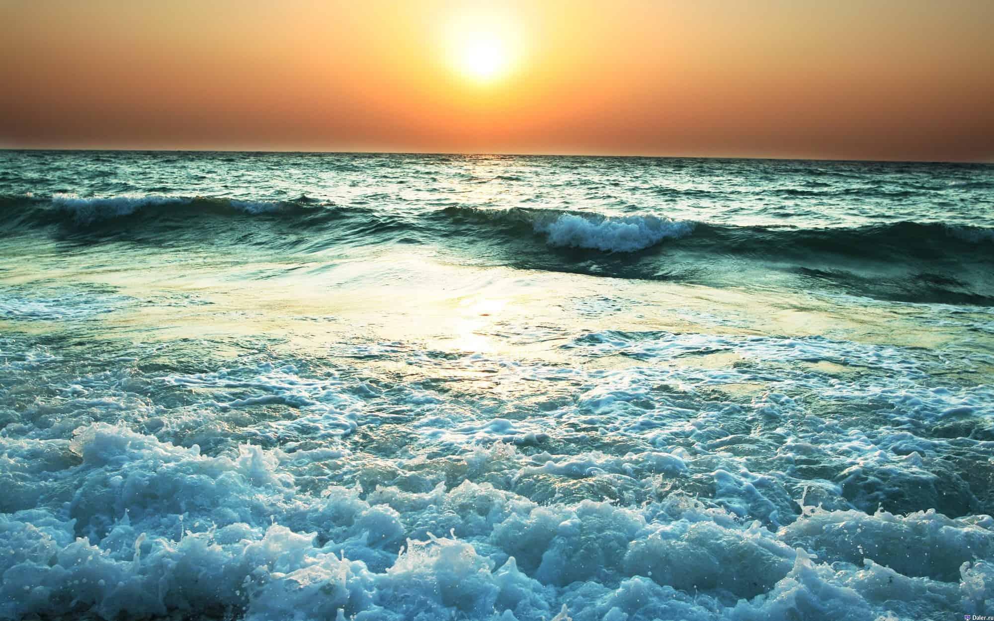 صورة تفسير الاحلام رؤية البحر ,دلالات البحر الهائج فى المنام