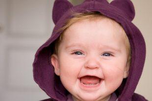 صورة صور ضحك اطفال , خلفيات تجنن لشوية اطفال بتضحك سكر