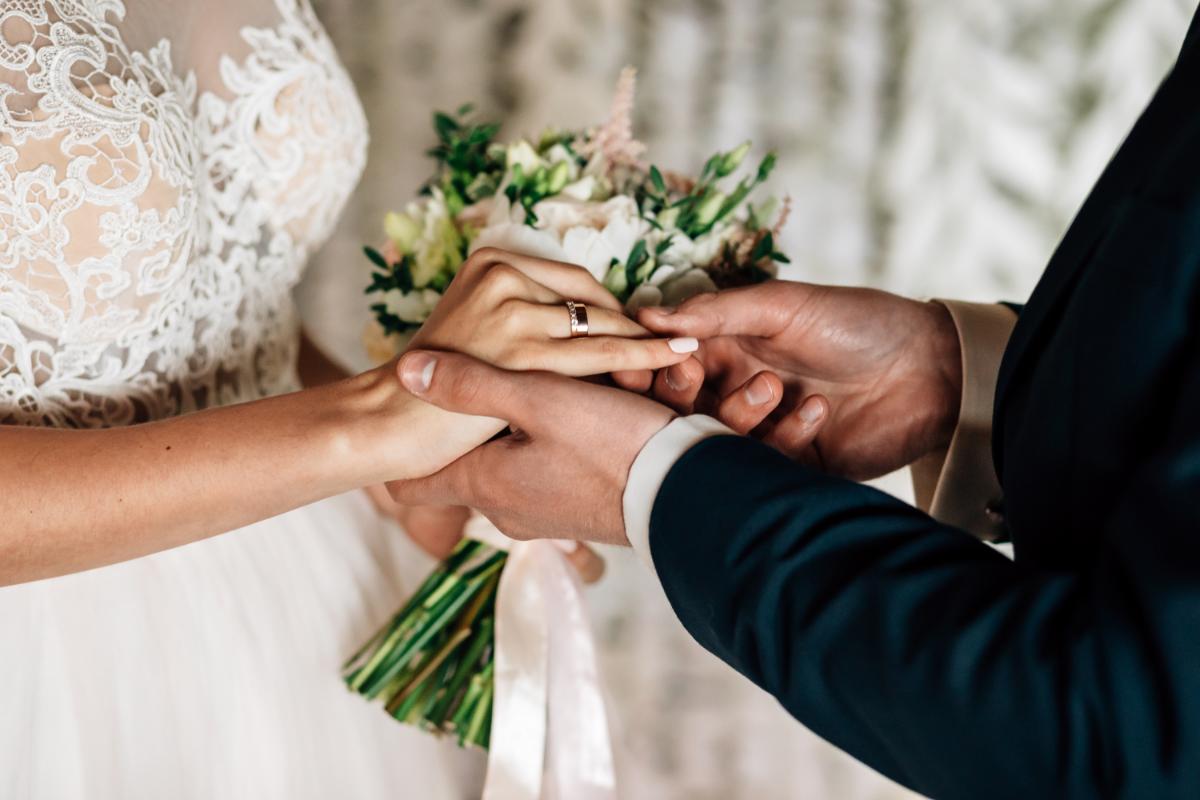 صورة زواج في المنام , تفسير الزواج للعزباء والمتزوجة والرجل فى المنام 4537